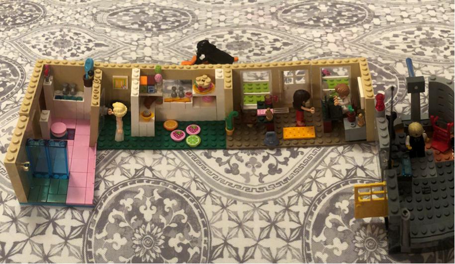 Resolute-Lego6