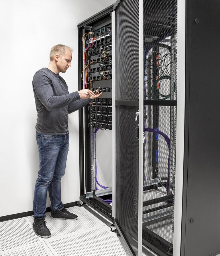 Network support services Winnipeg